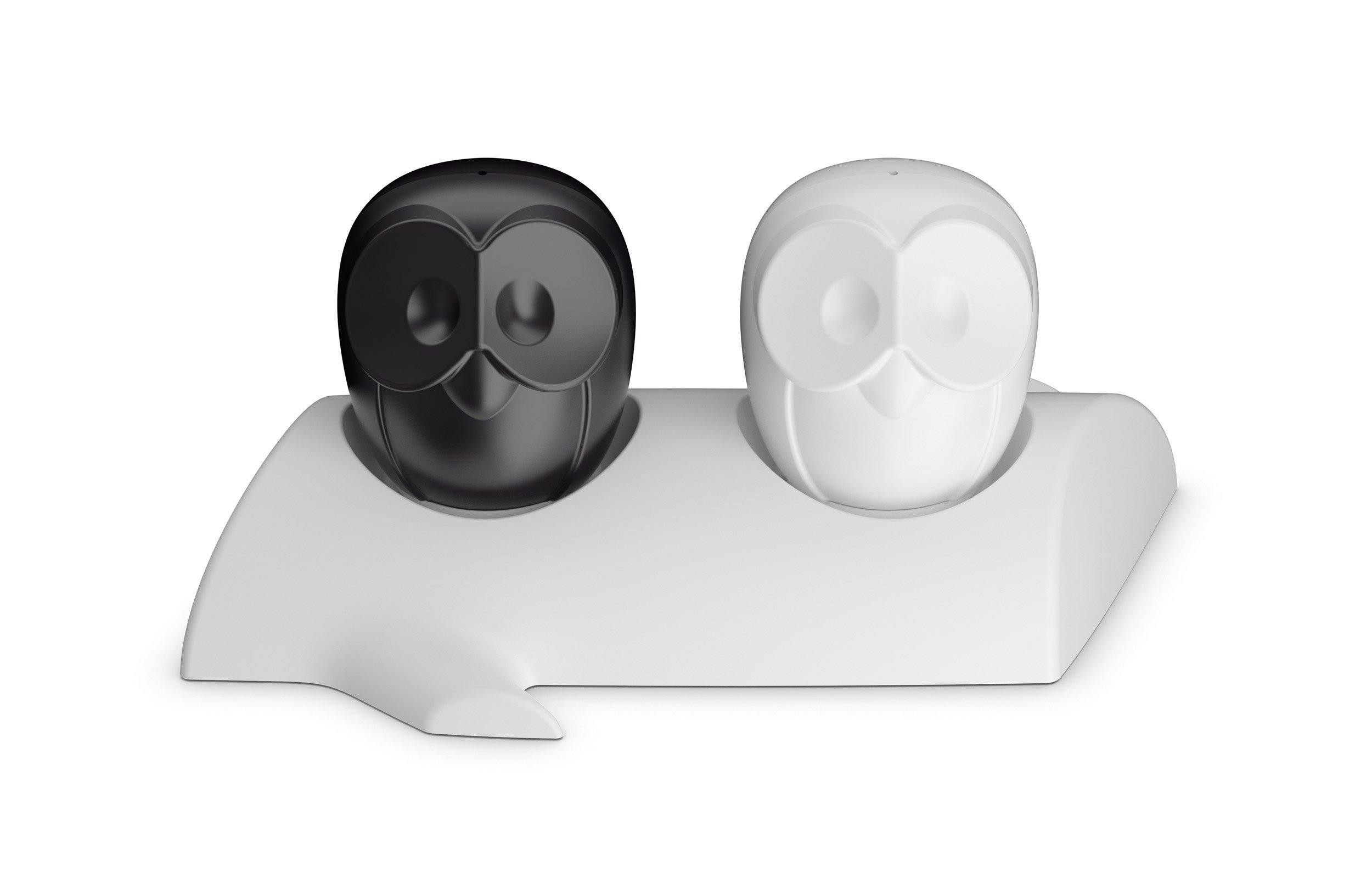 Solniczka i pieprzniczka na stojaku Elli czarna i biała