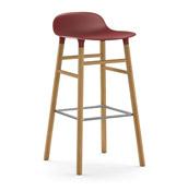 Stołek barowy Form 75 cm czerwony drewno dębowe - małe zdjęcie