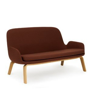 Sofa Era na drewnianych nogach