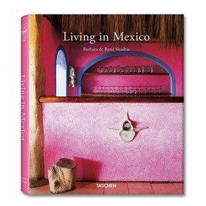 Książka Living in Mexico